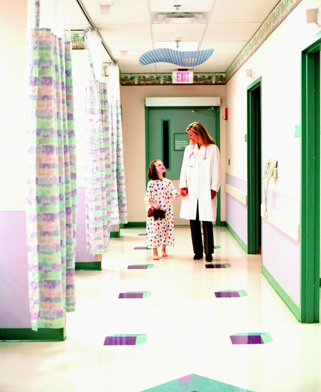 Krankenhaus - Kind Schwester 16358011mont 65 hoch